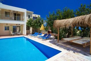 villa-astra-pool