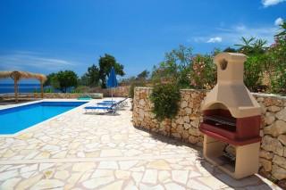 villa-facilities