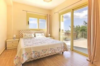 accommodation astra villas kefalonia bedroom