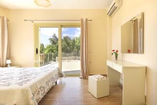 accommodation astra villas kefalonia room