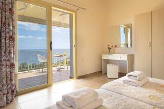accommodation astra villas kefalonia sea view room (2)